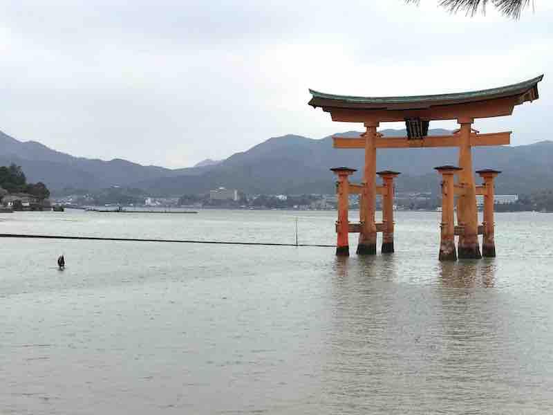 広島 厳島神社 鳥居