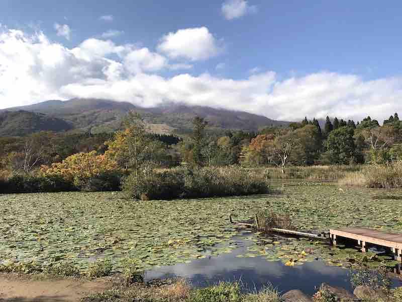 新潟県 妙高の山と池