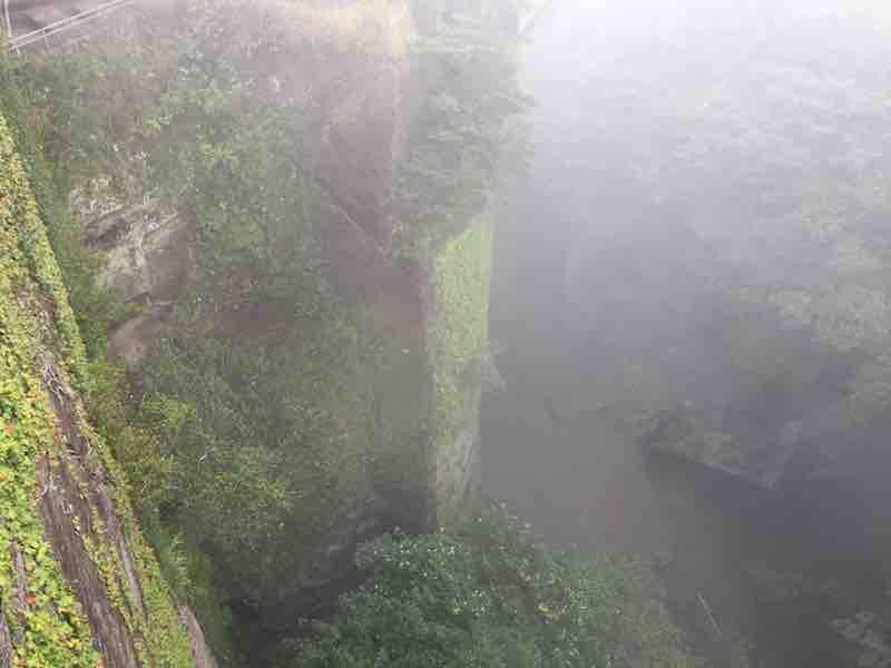 千葉県 のこぎり山 地獄覗き