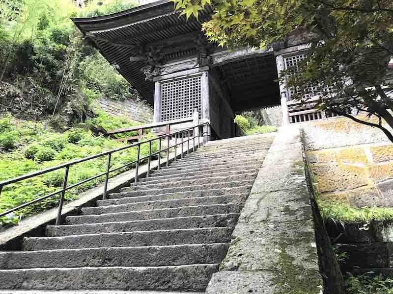 山形県 山寺の階段