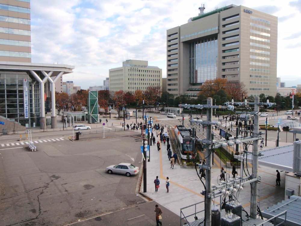 富山駅前の様子 2010年11月