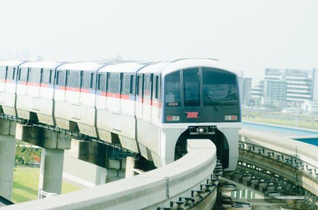 走行する東京モノレールのイメージ