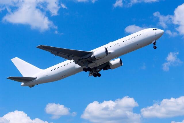 飛行機の離陸の様子