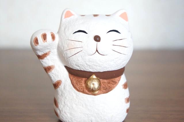 招き猫の置物