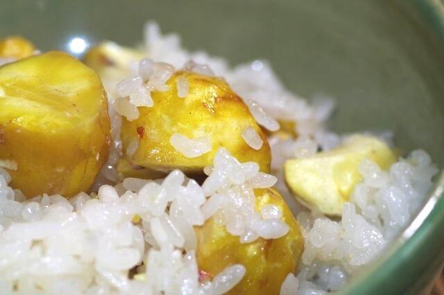 栗ご飯のアップ写真