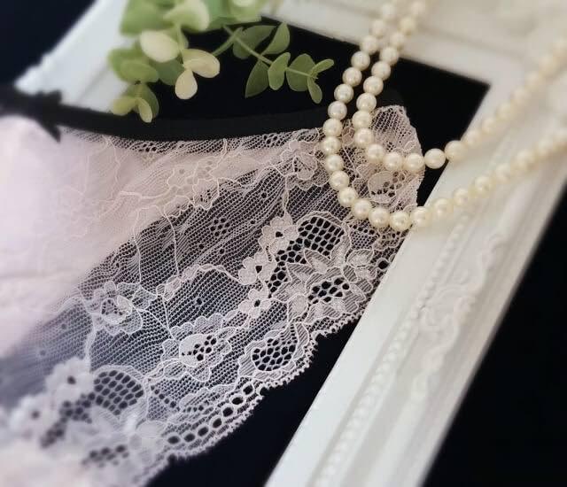 下着と真珠