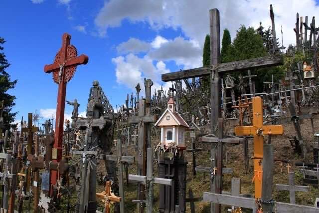 たくさんの十字架