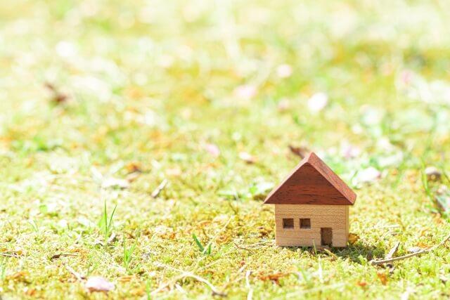 小さな家の不動産のイメージ