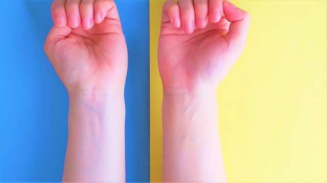 青と黄色のパーソナルカラー診断イメージ