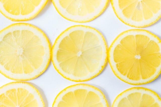 輪切りのレモンの敷き詰め