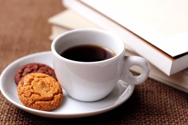 コーヒーとクッキー、読書
