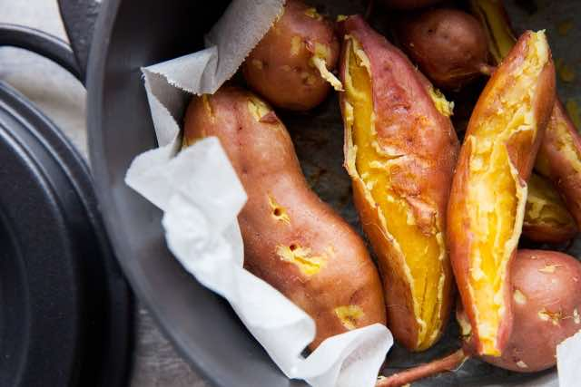 蒸し器でつくった焼き芋