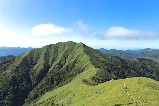 山の頂上からの景色